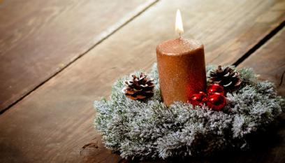 Decking Candles