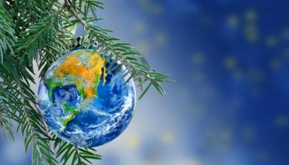World Holiday Tree